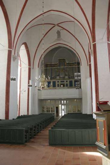Kirche-innen-1